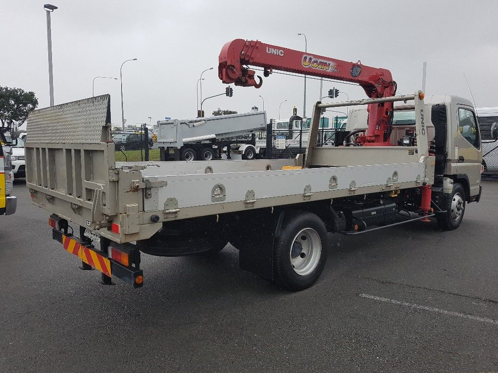 2013 FUSO CANTER FEB90 RECOVERY VEHICLE